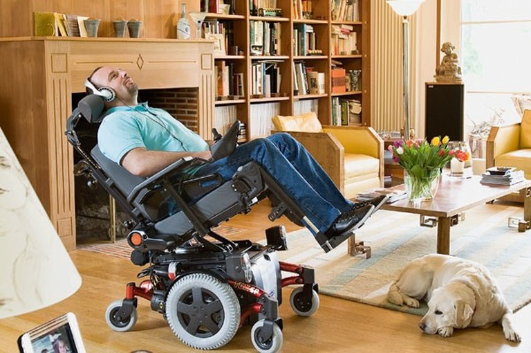 Second Hand Electric Wheelchair Invacare TDX