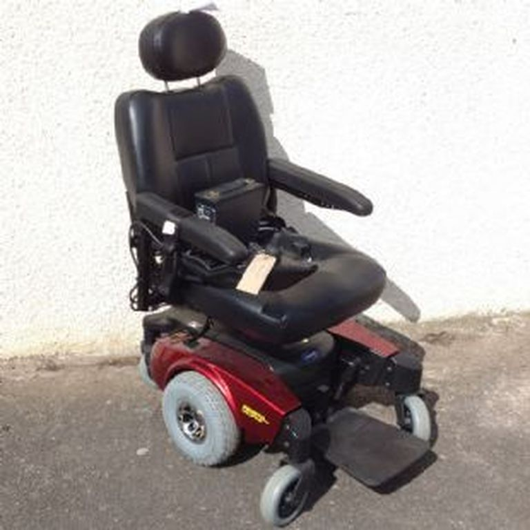 Used Powerchair - INVACARE PRONTO M61 - RED