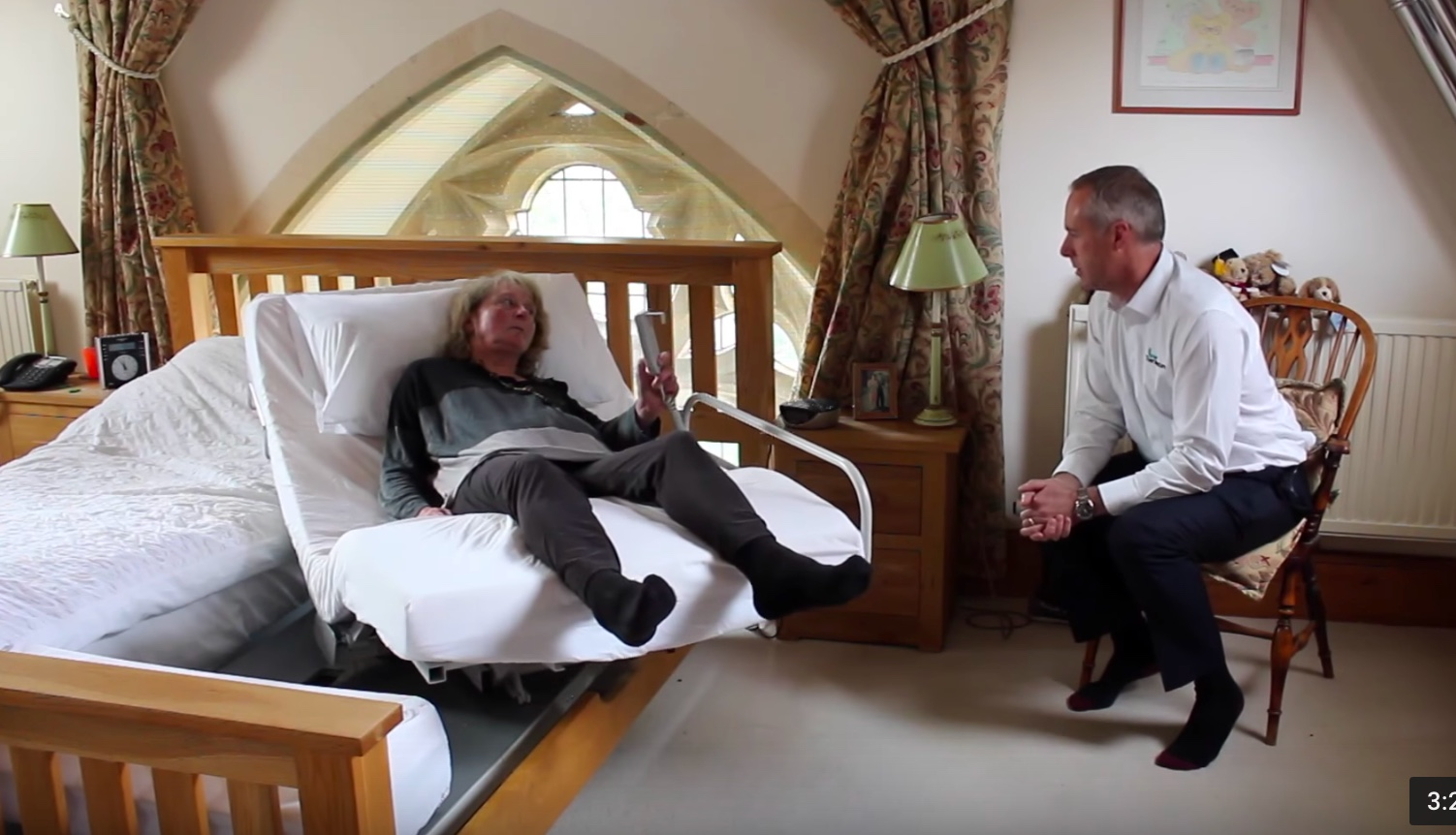 Sarah who lives with Multiple Sclerosis explains how her Rotoflex bed helps maintain her independence