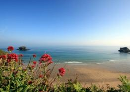 5 Stunning Accessible Beaches with Disabled Parking In Cornwall